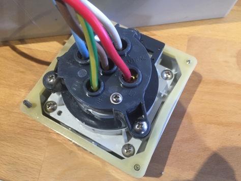 20-amp-3p-box-5